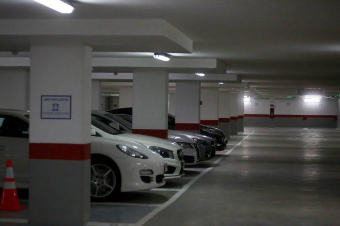 Nueva ley de estacionamientos: cobro será por minuto efectivo de uso
