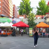 Nueva propuesta flashmob de matrimonio paraliza estación de metro
