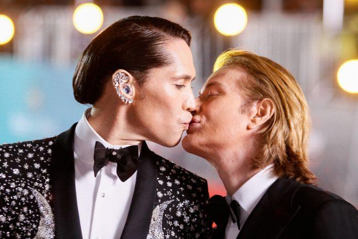 #LaGala: Sin temor a besarse