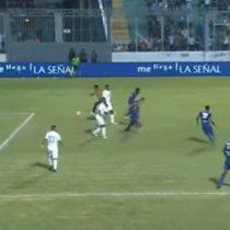 [VIDEO] Polémico gol es cobrado en Honduras: hincha se metió a la cancha y