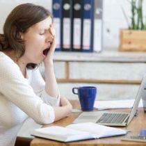 Hipotiroidismo: la glándula «dormida» que podría explicar por qué siempre estás cansado y tienes frío
