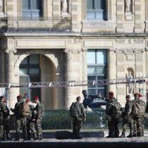 El Louvre reabre tras el ataque terrorista contra unos militares
