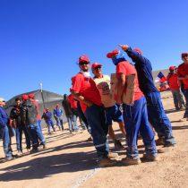 Minera Escondida: Sindicato acusa a empresa por anuncio de no pago de gratificaciones a sus trabajadores