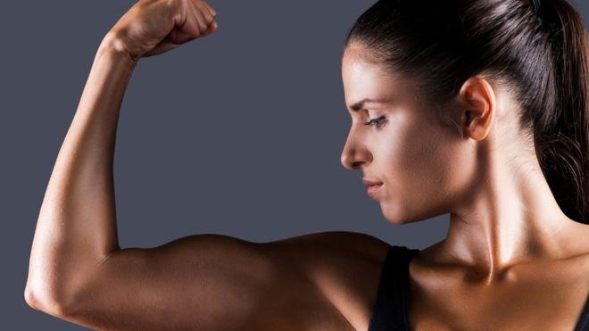 Paso a paso: cómo aumentar la musculatura haciendo estos sencillos ejercicios en tu casa