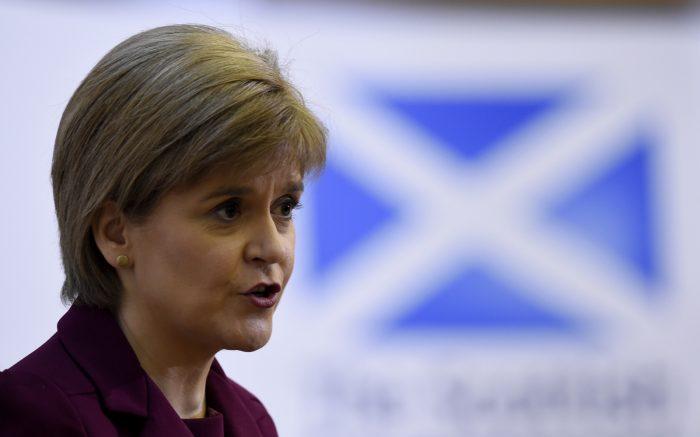 El Parlamento de Escocia se opone formalmente al
