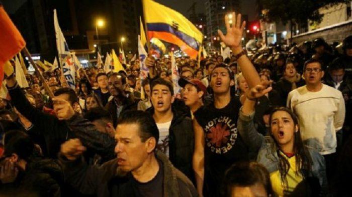 Aumenta tensión tras elecciones en Ecuador: oposición teme fraude y se vuelca a las calles
