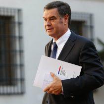 Ossandón acude hasta la FNE para solicitar investigación por aumento en tarifa de estacionamientos