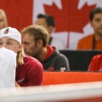 [VIDEO] Copa Davis: descalifican a Canadá tras un pelotazo al juez de silla