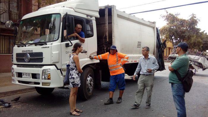 Concejala de Santiago denuncia irregularidades de empresa que realiza servicios de aseo en la comuna