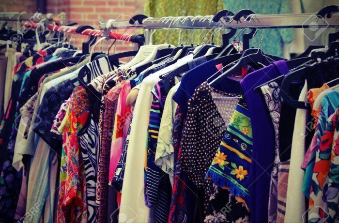 Furor por la ropa vintage: una tendencia mundial que adoptaron las celebridades