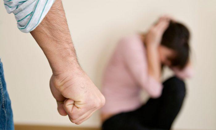 Denuncias por violencia doméstica en Brasil suben 18 % durante aislamiento