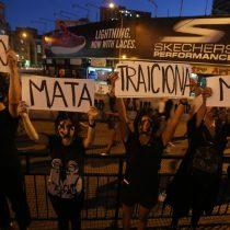 Mujeres marchan en Chile para reivindicar sus derechos