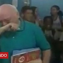 [VIDEO] La emocionante ovación de los alumnos a un profesor brasileño que se retira tras 31 años de enseñanza