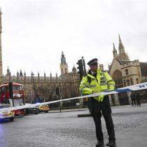 Scotland Yard y el Parlamento británico hicieron un minuto de silencio por las víctimas del atentado de Westminster