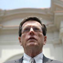 Ex secretaria del gerente general de SQM asegura que Carlos Larraín recibió aportes de la minera a través de boletas
