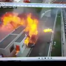 [VIDEO] Hijo de multimillonario griego, mata a tres personas por circular a 200km en un Porsche