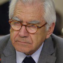 Fernández ningunea tesis de Matías Walker sobre orden de La Moneda para rechazar Dominga:
