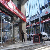 Se le adelantó a marzo: Banco Santander firmó convenio colectivo anticipado con todos sus sindicatos