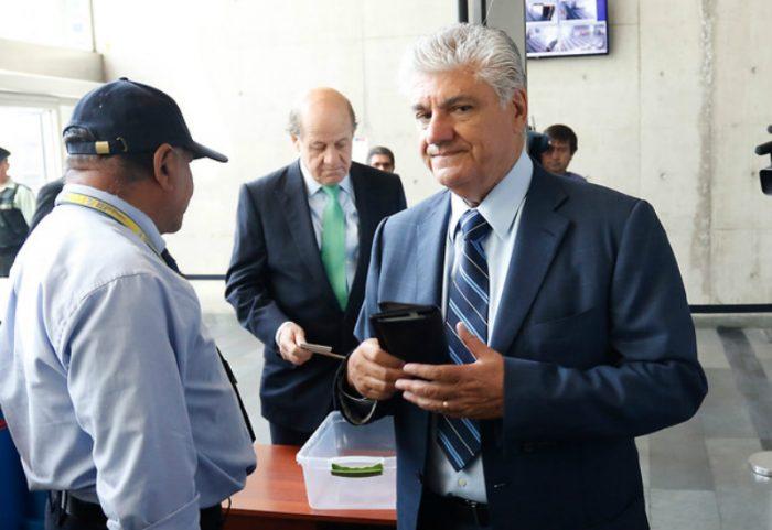 Caso Penta: Fiscal Guerra solicitará penas efectivas de cárcel para Délano y Lavín