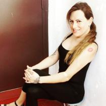 Eva Tangol ya es oficialmente Eva y analiza nuevo aplazamiento de discusión sobre Ley de Identidad de Género
