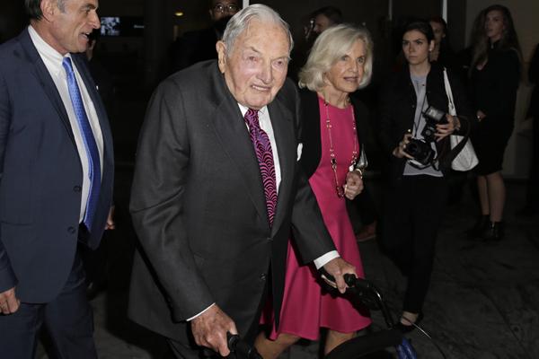 [VIDEO] Muere a los 101 años David Rockefeller, el mejor amigo de Agustín Edwards