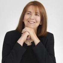 Científica chilena María Teresa Ruiz recibe importante reconocimiento en París
