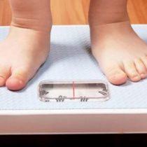 Experto asegura que el problema de la obesidad infantil en Chile es principalmente emocional