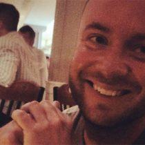 Hombre se vuelve viral en Facebook por seguir dando regalos de cumpleaños a su ex mujer