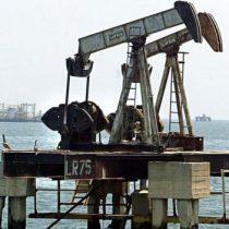 Insólito: Venezuela, sede de reservas de petróleo más grandes del mundo, busca combustible en exterior por caída de producción