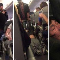 [VIDEO] El momento en que un pasajero es violentamente bajado de un vuelo por sobreventa de la aerolínea