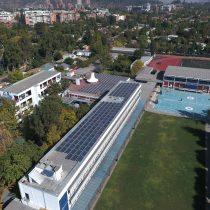 La Alianza Francesa inaugura el mayor techo solar fotovoltaico en un establecimiento educacional en Chile