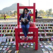 Matthei defiende su gestión cultural en acto donde municipio donó 6 mil libros