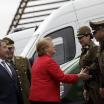 Bachelet entrega respaldo a Carabineros en medio de escándalo del desfalco