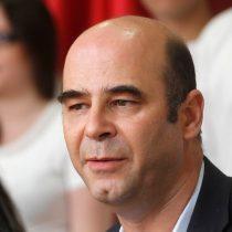 """Fernando Atria: """"Si gana la derecha es porque la izquierda no se articuló correctamente"""""""