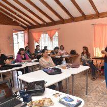 Vecinos de Concón se capacitan como guías turísticos en curso financiado por ENAP