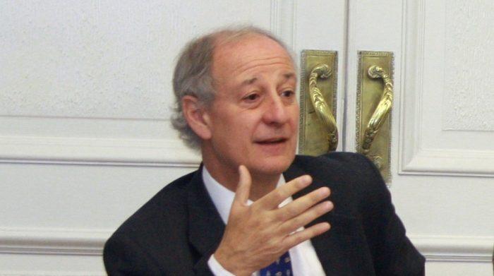 """El """"ninguneo"""" del presidente del Consejo Asesor de LyD hacia Boric y todos los parlamentarios"""