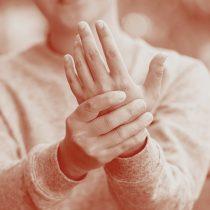 Terapia de señas, una innovadora plataforma online para personas con artritis y sordera