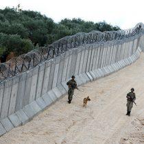 Turquía finaliza la construcción de muro de 556 kilómetros en su frontera con Siria