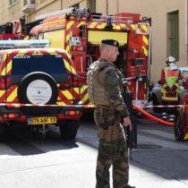 Prolongan arresto de presuntos yihadistas que iban a atentar en campaña francesa