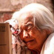 Un millón de pesos al mes: eso cuesta mantener a un paciente con demencia en Chile