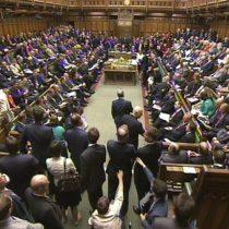 Los diputados británicos aprueban la celebración de elecciones el 8 de junio
