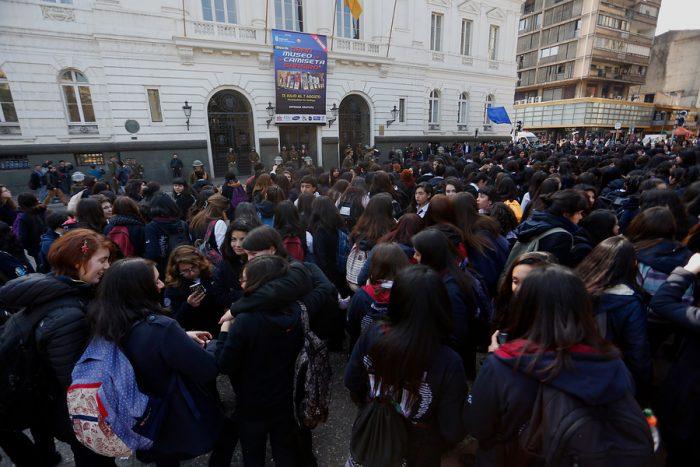 Estudiantes convocan a  manifestación para este martes para insistir por condonación a morosos del CAE