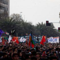 [VIDEO] La marcha para pedir la condonación del CAE que convocó a 250 mil personas a nivel nacional según la Confech