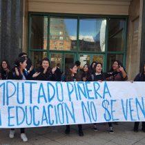 Dèjá Vu de 2011: Estudiantes funan a Piñera y dicen que su candidatura