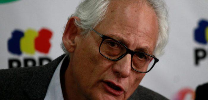 Navarrete resiente crisis del PPD y apunta a fin de girardismo y laguismo:
