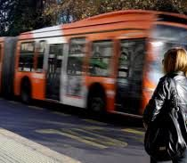 Programa de gobierno de Piñera contempla el fin del Transantiago