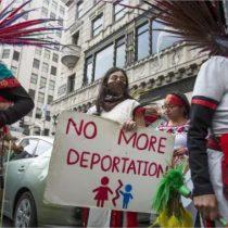 Latinos en Estados Unidos dejan de gastar dinero debido a reprensión de políticas migratorias
