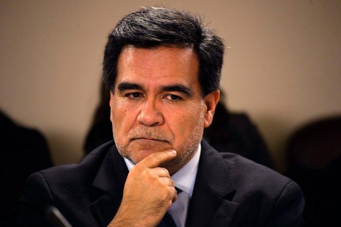 Director del SII niega desigualdad de trato a políticos investigados por boletas falsas