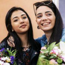 """La pareja de lesbianas que acabó en una cárcel turca en su huida de un padre de """"mente cerrada"""""""