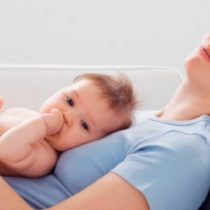 Buenas noticias para las madres: Habilitan salas de amamantamiento en Juzgados de Familia de Santiago y Colina